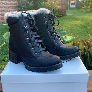 Steve Madden Comfort Black fur boots 7.5